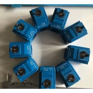 Vickers PV046R1K1BBNKLC4545 Piston Pump PV Series